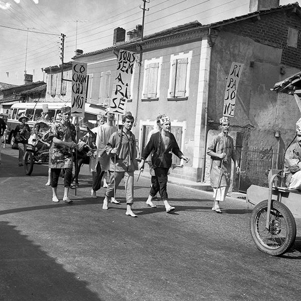 Fêtes patronale, suite du Défilé humoristique : Photographies prises à Nogaro