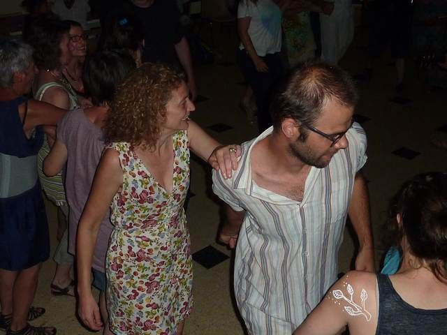 Natali-et-Benjamin-dansent