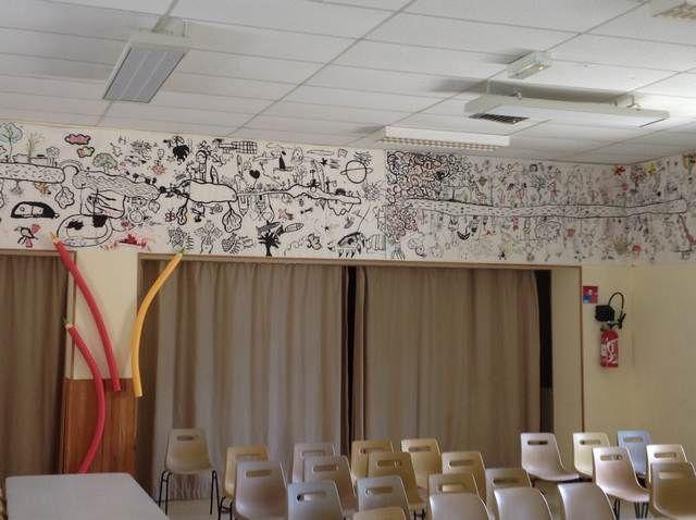 dessin-Carole-et-Delphine-dans-la-salle-des-fetes
